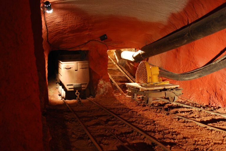 Musee des gueules rouges Tourves Mine reconstituee