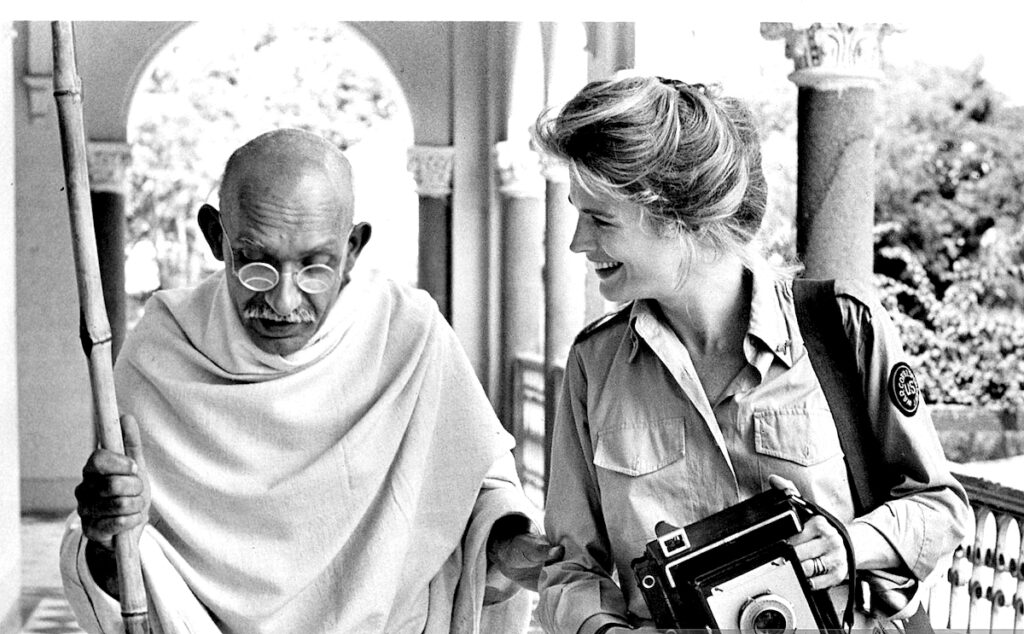 critique Film gandhi biographie richard attenborough 1982